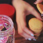 貧乏なのに太っている理由と肥満と栄養不足の関係について